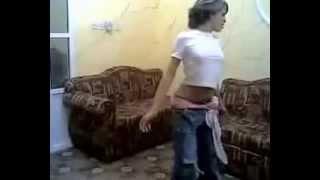 getlinkyoutube.com-رقص كويتيه مراهقه وي وي
