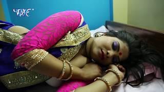 getlinkyoutube.com-भौजी चोली ना दिखावs - Maar Ho Jayi - Chadhal Ba Fagun - Rohan Sharma - Bhojpuri Hot Holi Songs 2017