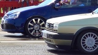 getlinkyoutube.com-Volkswagen Golf V 5 R32 vs VW Golf 2 GTI - 1/4 Mile Drag Race Viertelmeile Rennen Acceleration