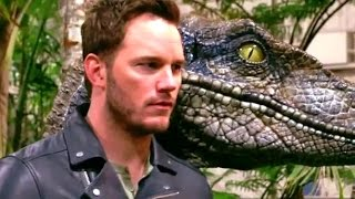 getlinkyoutube.com-Jurassic World Behind-The-Scenes Photoshoot with Steven Spielberg (2015) Chris Pratt Movie HD