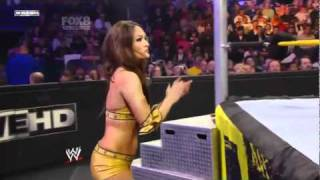 getlinkyoutube.com-Brie Bella vs. AJ Lee