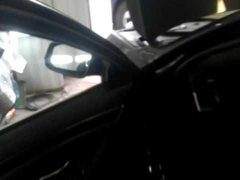 BMW снять зеркало