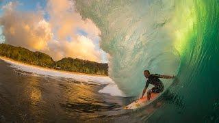 getlinkyoutube.com-The Beautiful Chaos of Surfing Pipeline