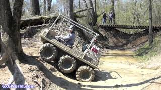 getlinkyoutube.com-Amphibious 6x6 and 8x8 ATVs