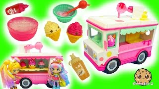 getlinkyoutube.com-Do It Yourself DIY Make Your Own Num Noms Series 2 Lip Gloss Ice Cream Truck Maker Set