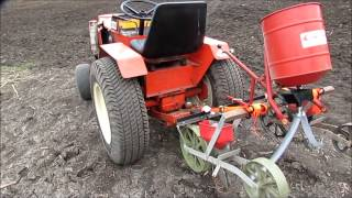 getlinkyoutube.com-Corn planter