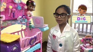 Disney Doc McStuffins Toy Hospital Care Cart with Spots & Holly | Toys Academy width=
