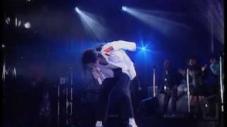 getlinkyoutube.com-Michael Jackson - Man in the mirror  Dangerous Tour 1992 (LIVE in Bucharest,Romania)