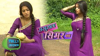 getlinkyoutube.com-Simar Faints On The Set Of Sasural Simar Ka | Colors Tv - MUST WATCH