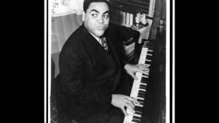getlinkyoutube.com-Fats Waller plays Tea for Two (piano solo, 1939)