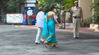 getlinkyoutube.com-ias smitha sabarwal walking visuals