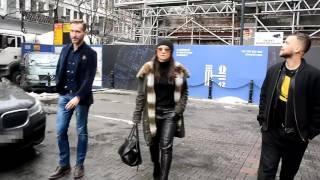 getlinkyoutube.com-45-letnia Rusin w skórzanych spodniach. Seksowna?