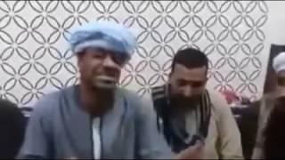 getlinkyoutube.com-الحج الضوي رايح يتفق مع الفنان محمود جمعه