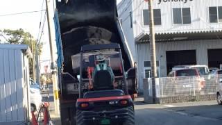 getlinkyoutube.com-アスファルト作り★ダンプカー、ホイールローダー、ロードローラー