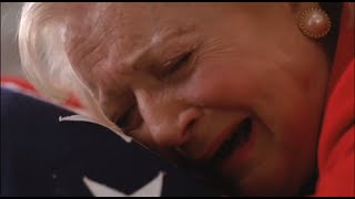 getlinkyoutube.com-The Lost Valentine - Betty White Emotional Scene