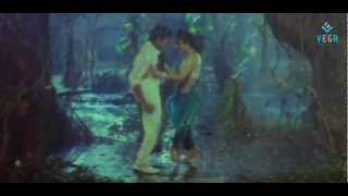 getlinkyoutube.com-Urumochesindoy Roja Romantic Video Song - Big Boss Movie