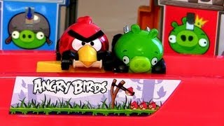 getlinkyoutube.com-Angry Birds Hot Wheels Slingshot Launch Track Red Minion Green Piggy Disney Pixar Cars Does NOT work