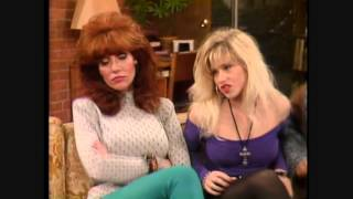 getlinkyoutube.com-Sexy Kelly Bundy