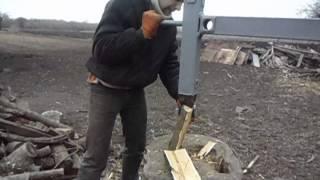 getlinkyoutube.com-Механический топор - колун на пружине