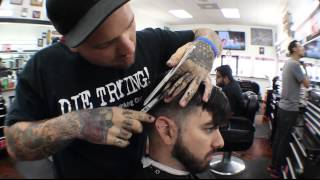 getlinkyoutube.com-Vice City Barber Shop - Pompadour