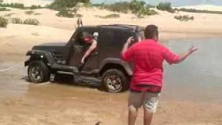 getlinkyoutube.com-troller desatolando caminhão