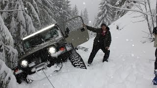 getlinkyoutube.com-Deep Snow Wheeling Jeep Wrangler Oregon Cascades Extreme 4x4