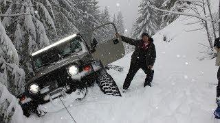 getlinkyoutube.com-Deep Snow Wheeling Jeep Wrangler Oregon Cascades Extreme 4x4