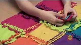 getlinkyoutube.com-Super Knot a Quilt by Alex Toys
