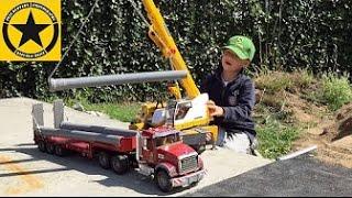 getlinkyoutube.com-BRUDER TRUCK mounted LIEBHERR-CRANE Video for Kids: Pipeline Construction (Long Play!)