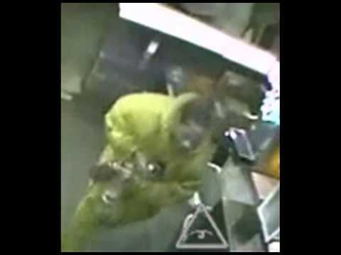 El Chicos Burglary, 2100 Greenwood Rd 13-094009 Suspect
