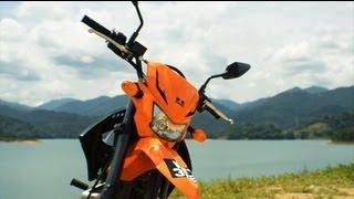 getlinkyoutube.com-Kawasaki D-Tracker 150 Review