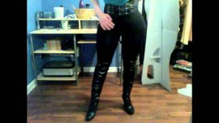 getlinkyoutube.com-My foam hip/butt pads paired with black leggings and boots for female impersonation!