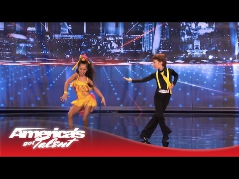Yasha & Daniela - Amazing Kid Dancers Dance To Pitbull A