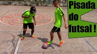 getlinkyoutube.com-Como driblar seu adversário: Pisada do Futsal #34 - Com escolhido da FOOTZ do Desafio #metecaixa