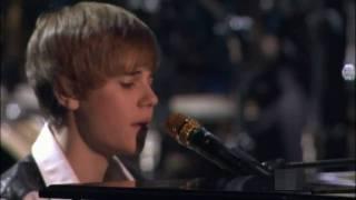 "Justin Bieber - ""Pray""  (HD) AMA Music Awards 2010 Performance LIVE"