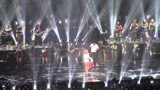 """The Mamas """"Off The Wall"""" and Beyoncé's final thanks in Milan, Mediolanum Forum"""