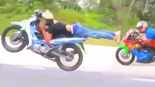 getlinkyoutube.com-HIGHWAY TO HELL moped superman race - Kawasaki Ninja vs LC135 vs 125 catalyzer Yamaha
