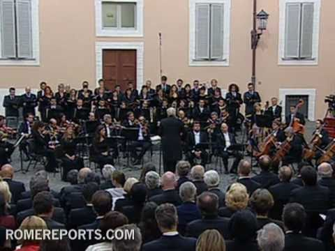 Pope attends to a concert in Castel Gandolfo