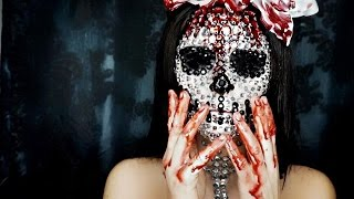 getlinkyoutube.com-Glamour Skull Halloween Makeup Tutorial
