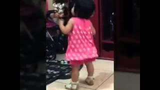 getlinkyoutube.com-Bebé bailando el toto♥
