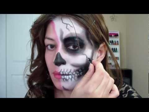 Maquillaje Mitad Calavera para halloween