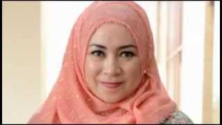 getlinkyoutube.com-12 Artis Indonesia pindah agama menjelang hari pernikahannYa