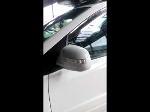 Повторители поворотов в корпусе и зеркальном элементе SsangYong Actyon Sports