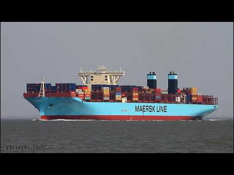 Click to view video MARY MAERSK - IMO 9619921 - Germany - River Elbe - Otterndorf