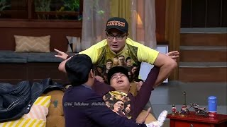 getlinkyoutube.com-Peran Raditya Dika Jadi Chintya Lamusu Bikin Ngakak!