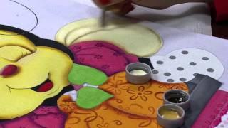 getlinkyoutube.com-Mulher.com 15/07/2015 Lilinha Silva - Pintura em tecido abelinha Parte 2/2