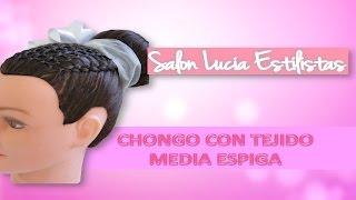 getlinkyoutube.com-Peinado Para Niñas Chongo Con Tejido Media Espiga