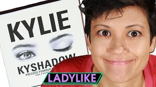 getlinkyoutube.com-Women Try Kylie Jenner's Eyeshadow • Ladylike