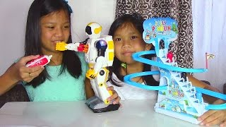 getlinkyoutube.com-Speed Tech Radio Control Space Soldier Robot and Jolly Penguin Frisk Paradise - Kids' Toys