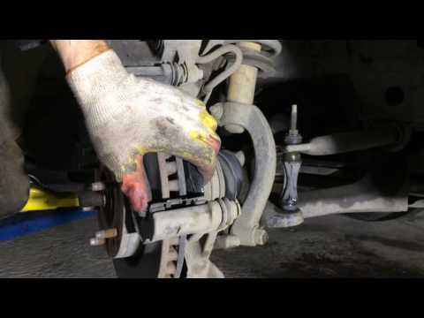 Замена передних тормозных колодок на Шевроле Трейлблейзер 4,2 2007 года Chevrolet TrailBlazer